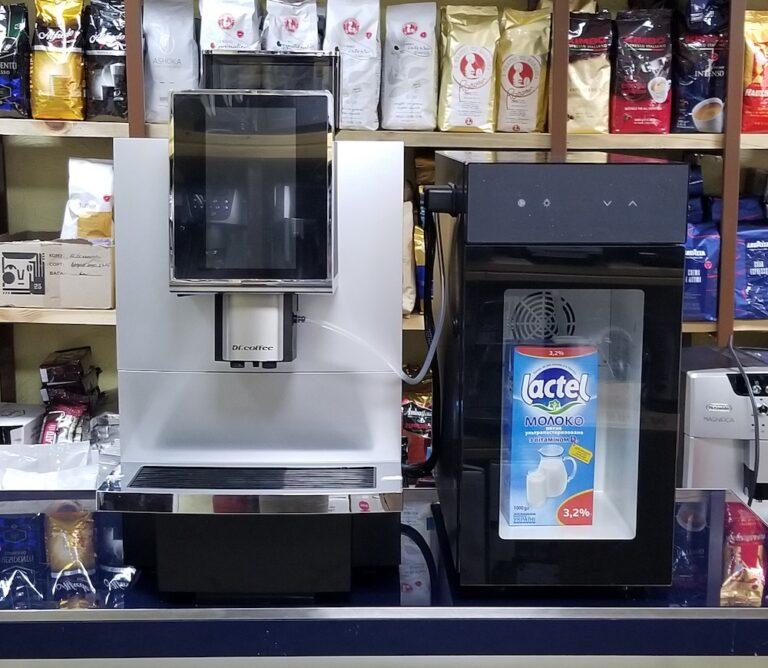 Read more about the article Кофемашина Dr.coffee F12 с холодильником — хит 2020!